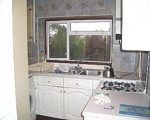 UB8 1NU,2 Bedrooms Bedrooms,1 BathroomBathrooms,Flat,1015