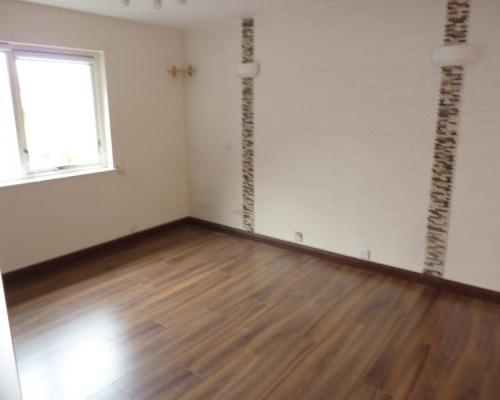 UB7 8AX,1 Bedroom Bedrooms,1 BathroomBathrooms,Flat,1017